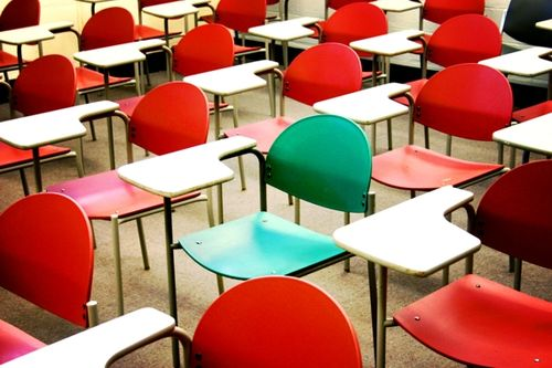 School-classroom-chairs-image
